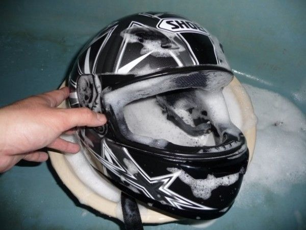 Manutenzione casco: Come pulire l'imbottitura del casco