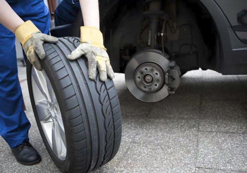 Inversione degli pneumatici – Come fare e perché